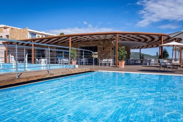 pool_restaurant